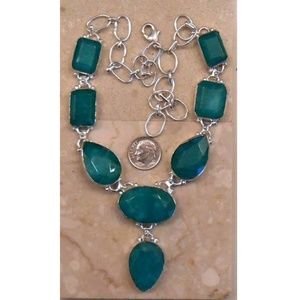 Jewelry - REAL EMERALD necklace SJ114-168